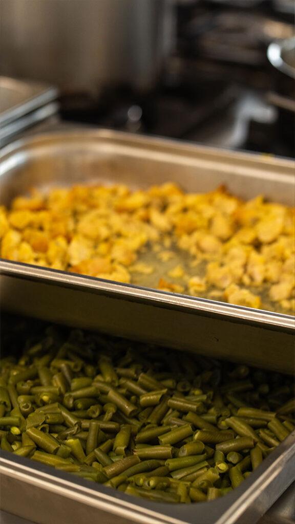 Bluebar - catering dla przedszkoli warszawa - catering dla szkół warszawa - obiady dla szkół warszawa